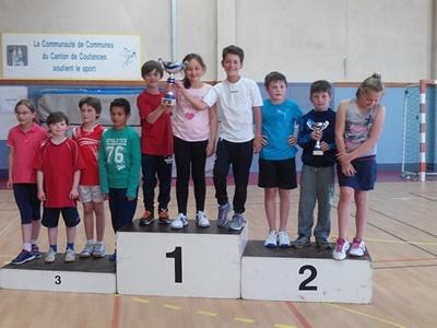 Podium équipe poussine du PLO championne de la Manche 2015